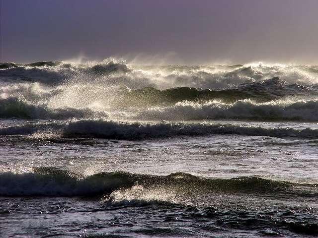 De golf en de oceaan